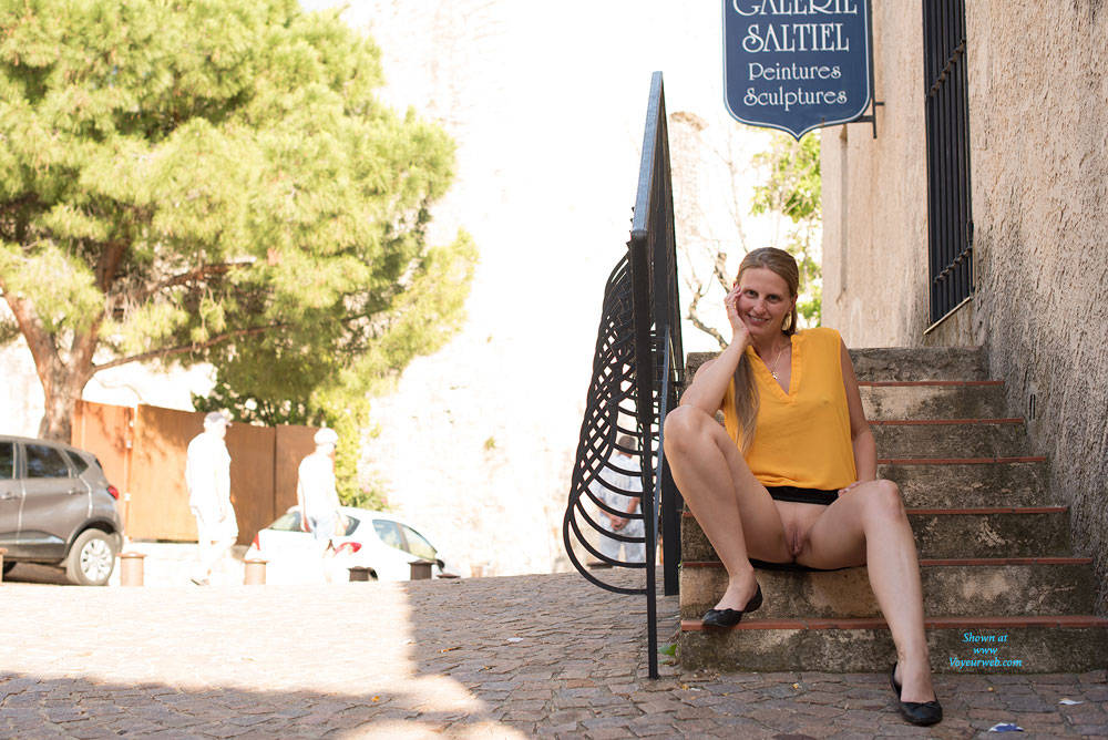 Pic #4 Bri NIP In France - Flashing, Public Exhibitionist, Public Place, Shaved