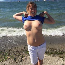 Beach Babe - Big Tits