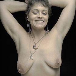 Fun Photo Shoot - Big Tits
