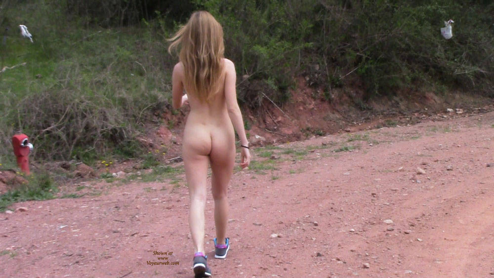Young Girl Naked Outdoors - August, 2016 - Voyeur Web-8459