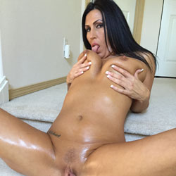 Fuck Me  - Brunette, Wife/Wives