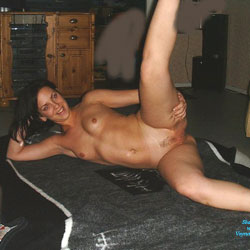 Camoamos - Brunette, Wife/Wives