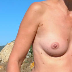 Small tits of my wife - Cloth