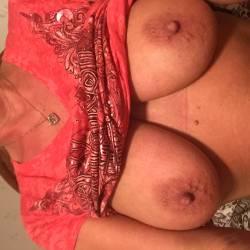 Medium tits of my wife - Debbie