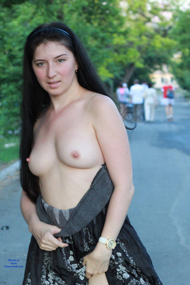 Pic #1 Kiki - Big Tits, Brunette, Flashing, Public Exhibitionist, Public Place