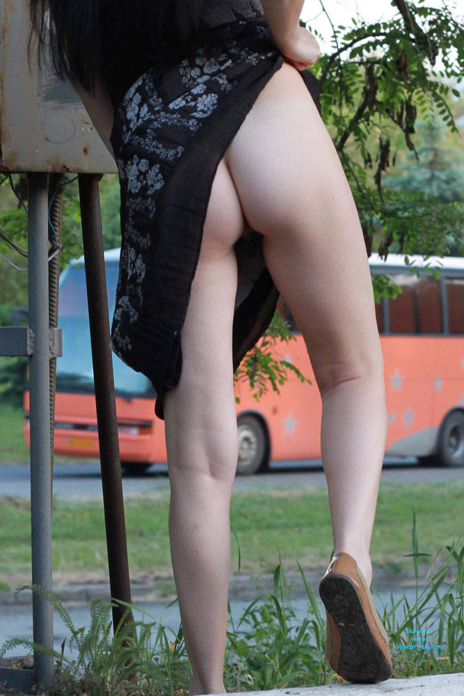 Pic #8 Kiki - Big Tits, Brunette, Flashing, Public Exhibitionist, Public Place