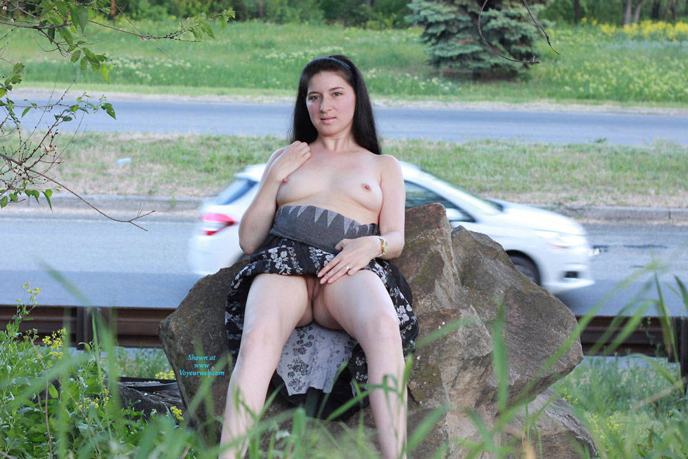 Pic #9 Kiki - Big Tits, Brunette, Flashing, Public Exhibitionist, Public Place