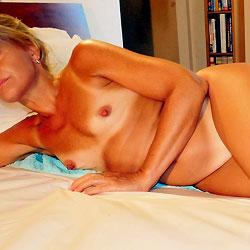 Abbronzatissima - Hard Nipples