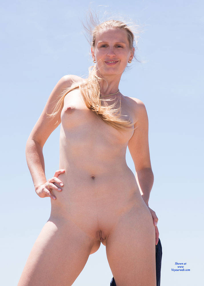Pic #9 Bri NIP In France 2 - Flashing, Public Exhibitionist, Public Place, Shaved