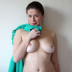Viko - Big Tits, Brunette