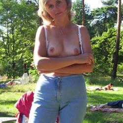 Medium tits of my wife - my wife Ewa