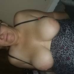 Very large tits of my wife - amys teaser
