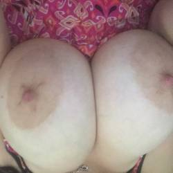 Large tits of my wife - Wifey