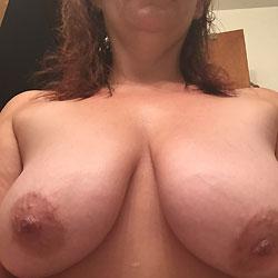 Bathtime - Shaved, Close-Ups, Big Tits, Wet