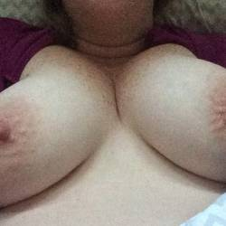 Medium tits of my wife - Erin
