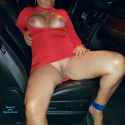 GG - Big Tits, Shaved