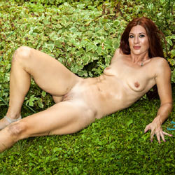 Ember Naked In The Corn  - Medium Tits, Outdoors, Redhead, Shaved