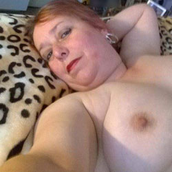 BritWife Loves to Pose - Big Tits, Wife/Wives