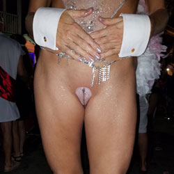 Camel Toe At Fantasy Fest - Outdoors, Shaved