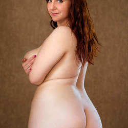 girls nude curvy Thick