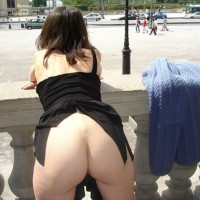 Milf Ass Flash - Exhibitionist, Flashing, Milf