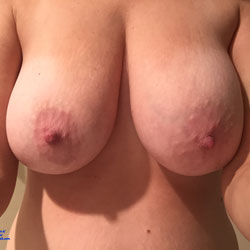 Boobs For You - Big Tits, Wife/Wives
