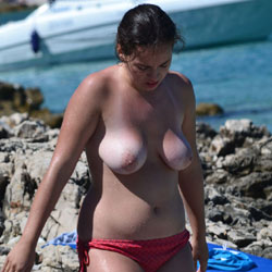 Mother And Daughter - Outdoors, Brunette, Big Tits, Beach Voyeur