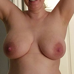 Do You Like My Tits? - Wife/Wives, Big Tits, Shaved