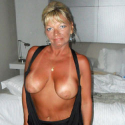 A Vacation To Remember! - Big Tits, Blonde