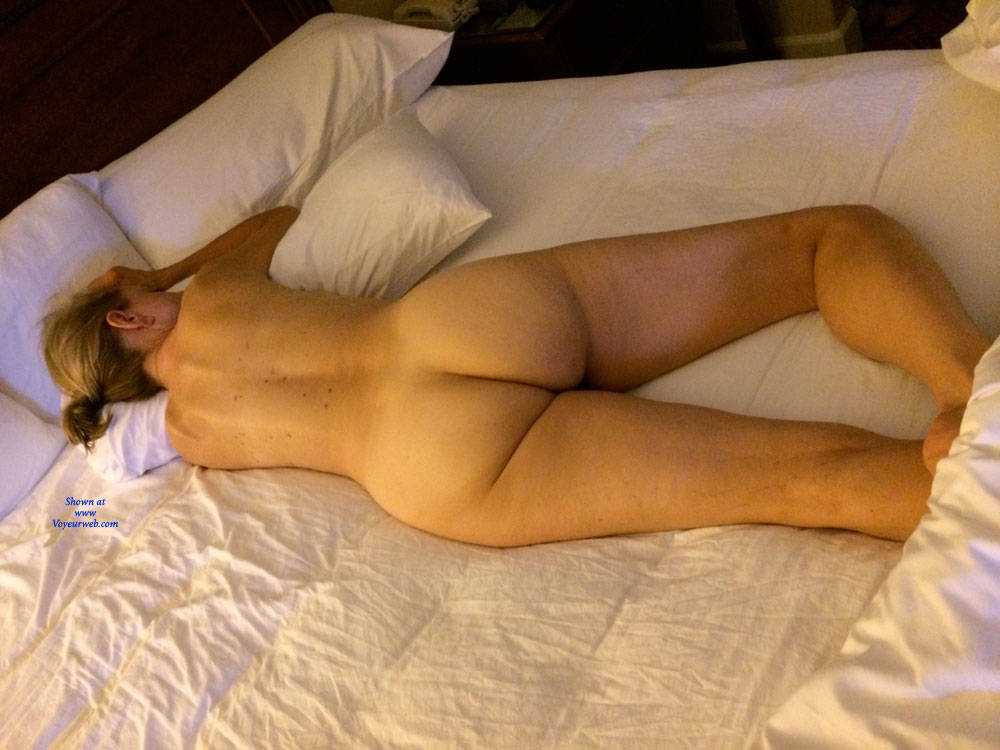 nude japanese girls ass