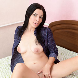 Vilena - Big Tits, Brunette, Shaved
