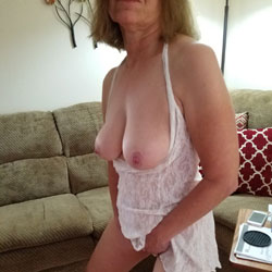 Sexy Red Rubbing - Big Tits, See Through
