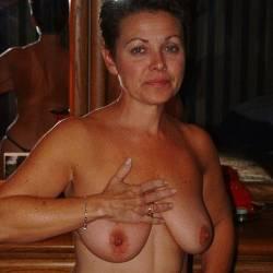 Medium tits of a neighbor - Theresa