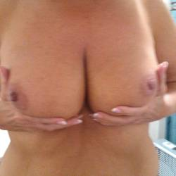 Large tits of my wife - Wife cindy