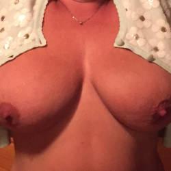 Very large tits of my wife - Daytona