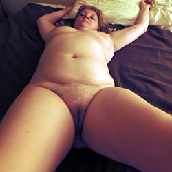 Getting Ready To Be Gang Banged By Husband And 9 Of His Friends - Close-Ups, Wife/Wives, Amateur
