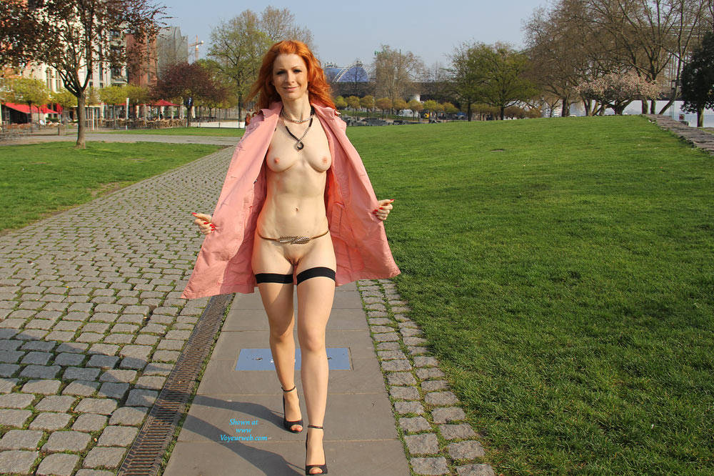 Pic #7 Vienna - Nude In Cologne  - Public Exhibitionist, Flashing, High Heels Amateurs, Public Place, Redhead, Shaved