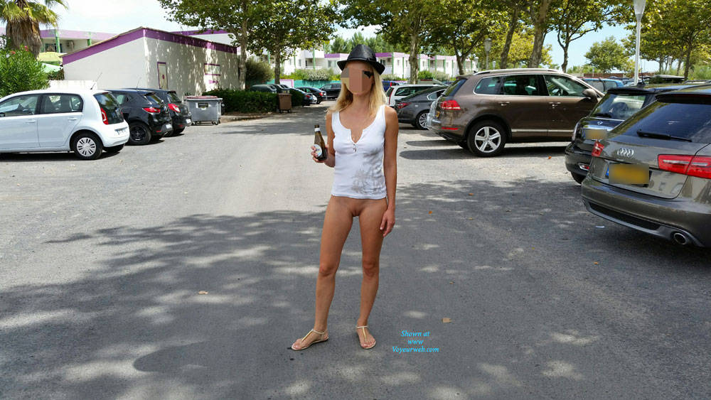 Pic #2 Enjoying Naked Pussy Around The Town - Big Tits, Blonde, Public Exhibitionist, Flashing, Public Place, Wife/wives, Shaved