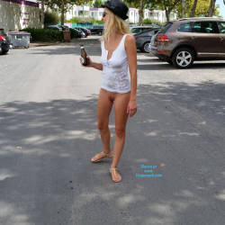 Pic #3 Enjoying Naked Pussy Around The Town - Big Tits, Blonde, Public Exhibitionist, Flashing, Public Place, Wife/wives, Shaved