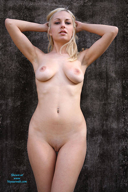 Pic #6 Zebra Outdoor Strip - Big Tits, Blonde, Outdoors, Shaved, Firm Ass