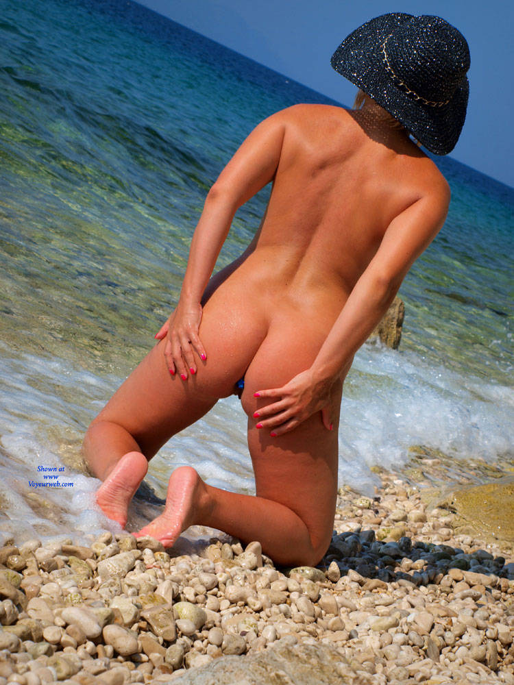 nude beach butt plug