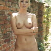 In The Woods - Blonde Hair, Shaved