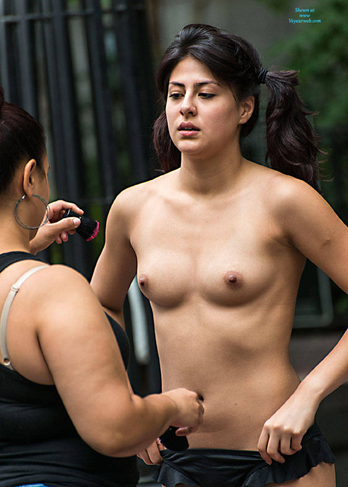 Pic #1 Body Painting In A NY Park - Public Place, Outdoors, Public Exhibitionist, Brunette, Shaved, Medium Tits