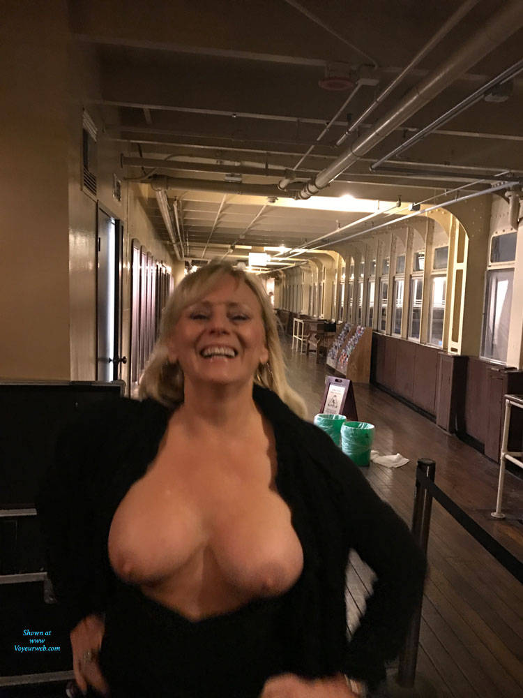 Pic #5 Queen Mary Party - Big Tits, Blonde, Public Exhibitionist, Flashing, Public Place