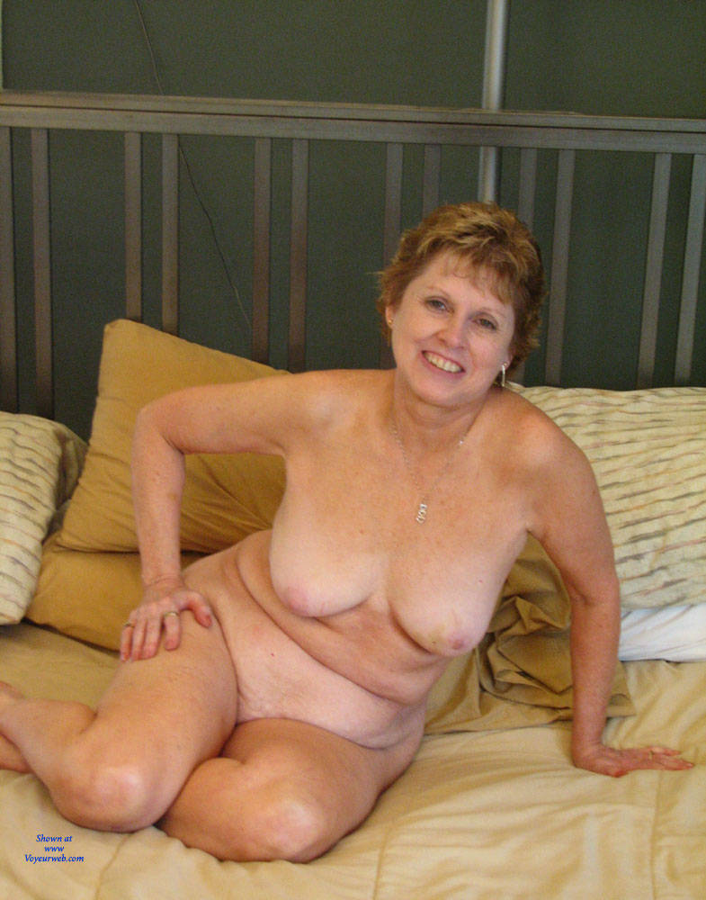 Pic #1 Sexy Wife - Big Tits, Wife/wives, Bush Or Hairy, Amateur