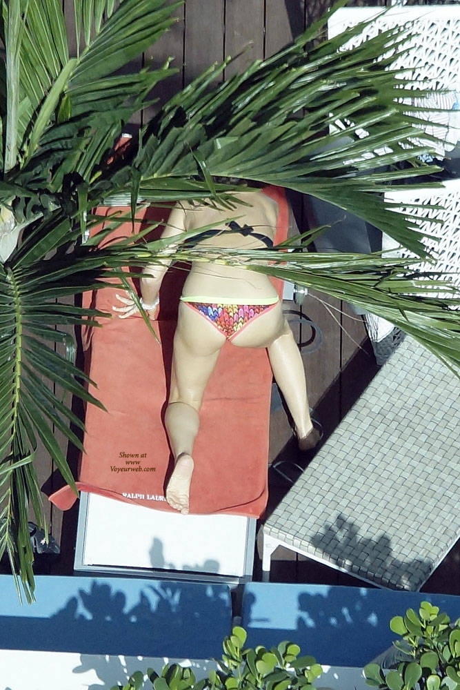 Pic #4 Sexy At The Pool 3 - Outdoors, Public Place, Bikini Voyeur