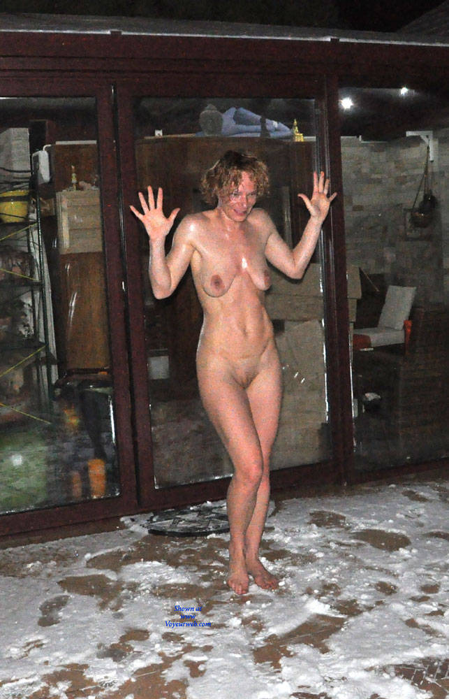 Pic #1 Perfect Is On The Snow - Outdoors, Shaved, Amateur