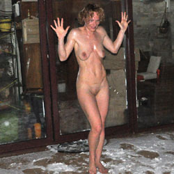 Perfect Is On The Snow - Outdoors, Shaved, Amateur