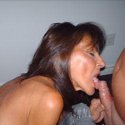 Sylvia Blowjob - Mature, Blowjob, Brunette, Amateur