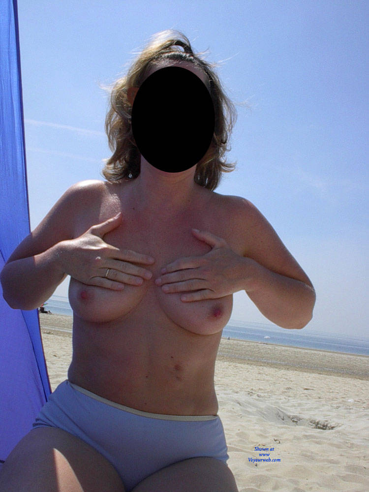 Pic #1 Topless At The Belgian Sea - Beach, Big Tits, Wife/wives, Amateur